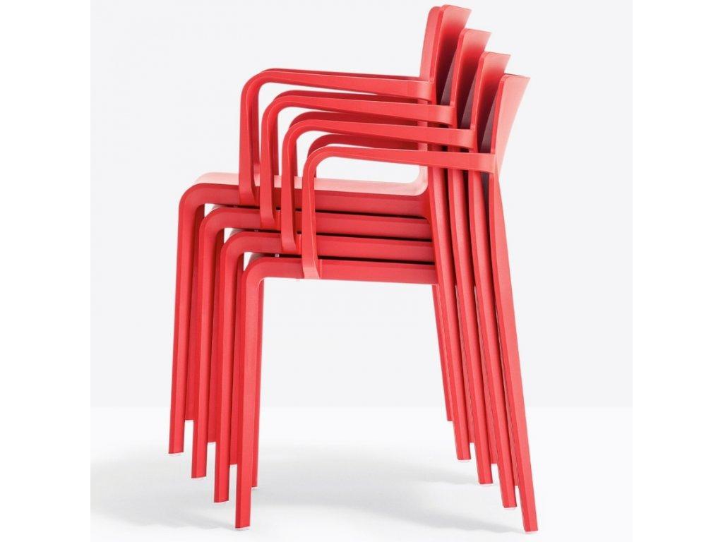 Červená plastová jídelní židle Volt 675