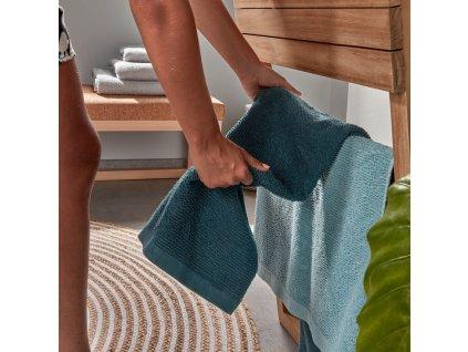 Malý tyrkysový bavlněný ručník LaForma Miekki