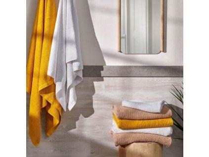 Malý béžový bavlněný ručník LaForma Miekki
