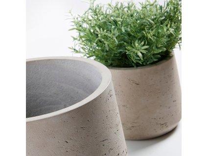 Set tří šedých betonových květináčů LaForma Lux II., odlišné velikosti, neopracovaný vzor