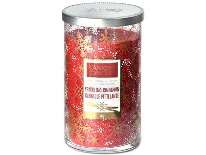 Střední vonná svíčka Yankee Candle Cinnamon Christmas Limited 2019