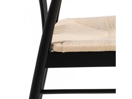 Černá dřevěná jídelní židle Maret