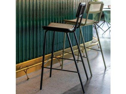 Zelená ratanová barová židle ZUIVER JORT 106 cm
