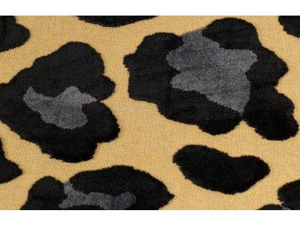 Černý koberec Bold Monkey It´s A Wild World Mama Panther 200x300 cm