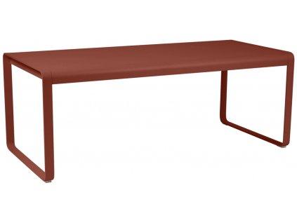 Okrově červený kovový stůl Fermob Bellevie 196x90 cm