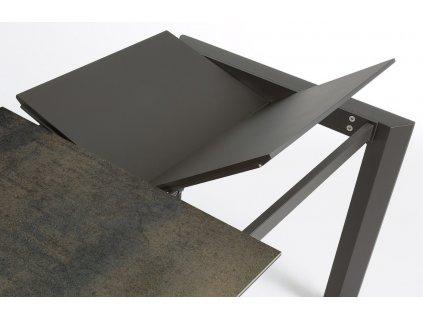 Tmavě hnědý porcelánový rozkládací jídelní stůl LaForma Atta 140/200x90 cm
