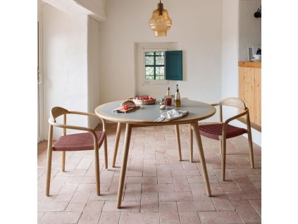Šedý kulatý cementový jídelní stůl LaForma Glynis Ø 120 cm