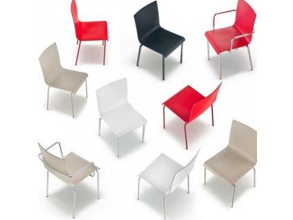 Červená plastová jídelní židle Kuadra XL 2401