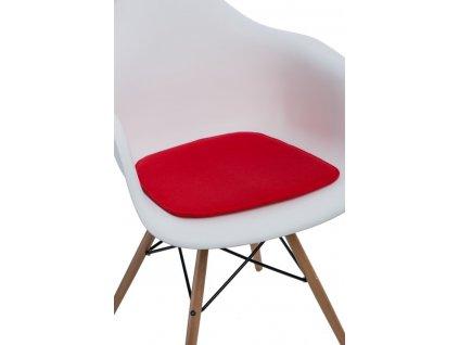 Červený podsedák 40x39 cm