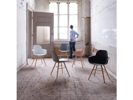 Tmavě šedá jídelní židle ZUIVER ALBERT KUIP, polypropylen, jasanové podnože