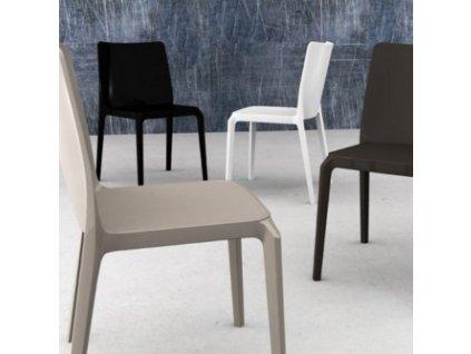 Bílá plastová židle Blitz 640