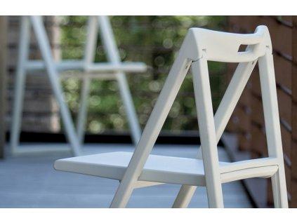 Bílá plastová skládací židle Enjoy 460