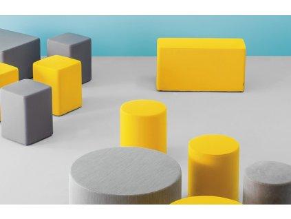 Žlutý kulatý plastový taburet Wow 470 O 66 cm