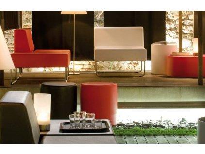 Červený kulatý plastový taburet Wow 480 O 40 cm