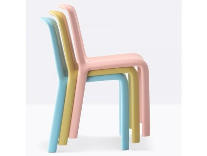 Dětská růžová plastová židle Snow 303