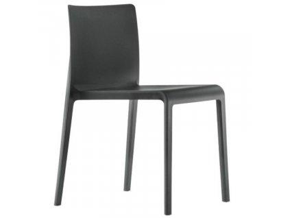 Černá plastová jídelní židle Volt 670