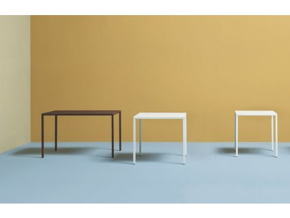Bílý kovový jídelní stůl Fabbrico 80x80 cm