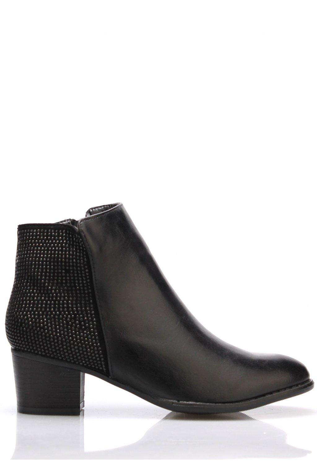 Černé elegantní boty na podpatku Claudia Ghizzani