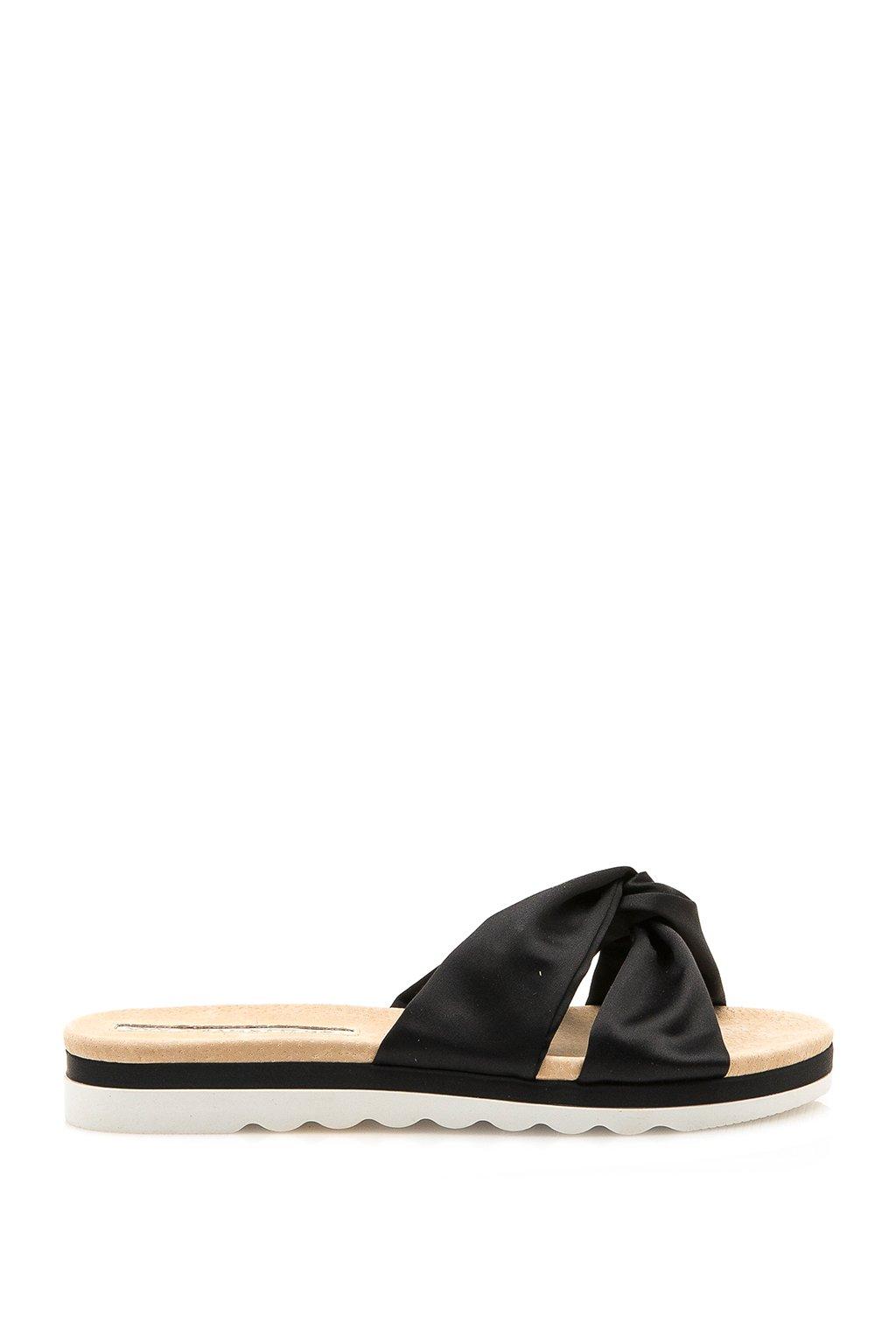 Černé saténové pantofle Maria Mare