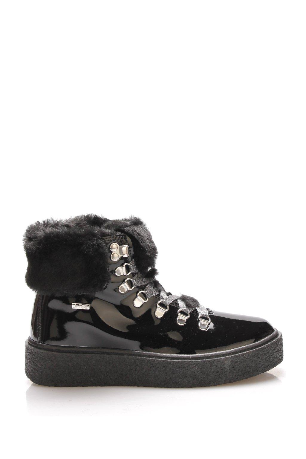 Černé nízké sněhule M&G