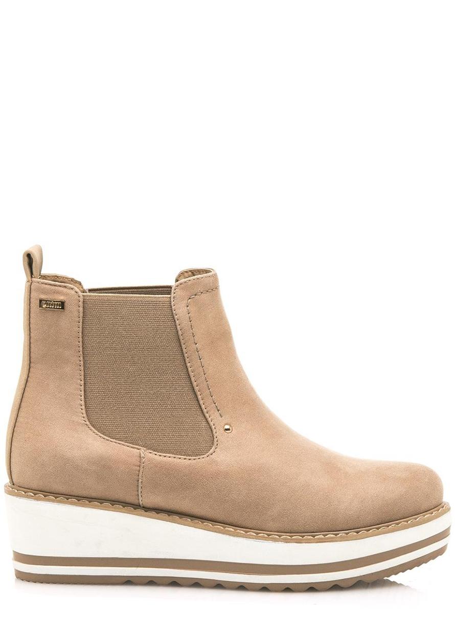 Hnědé kotníkové boty na klínku MTNG Velikost: 36
