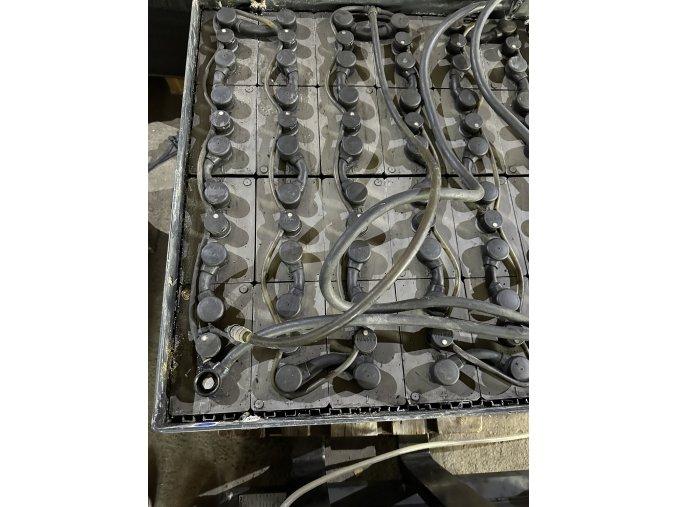 trakční baterie 24V 180Ah ideální na soláry