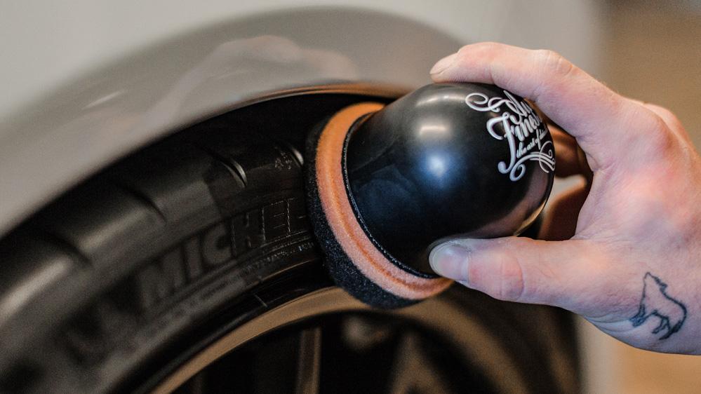 auto-finesse-tyre-spot-pad-2