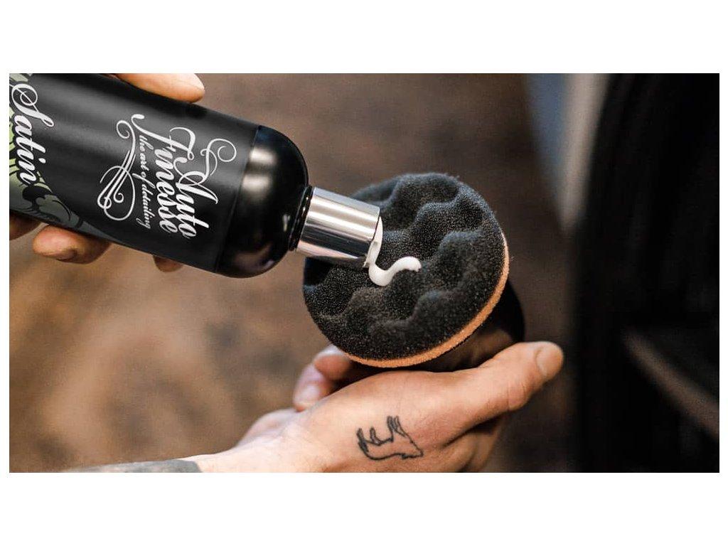 Auto Finesse Tyre Spot Pad ruční pěnový aplikátor