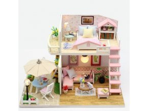 Domeček pro panenky dřevěný, patrový LED