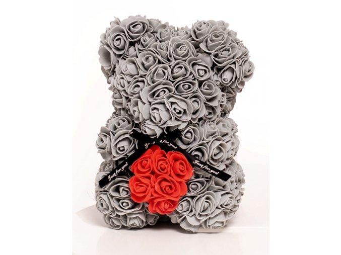 medved z ruzi sedy se srdcem 25 cm