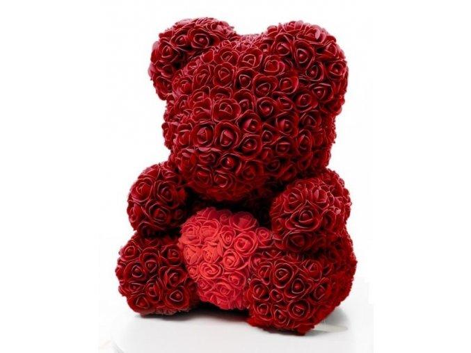 medved z ruzi vinovy s cervenym srdcem 40 cm