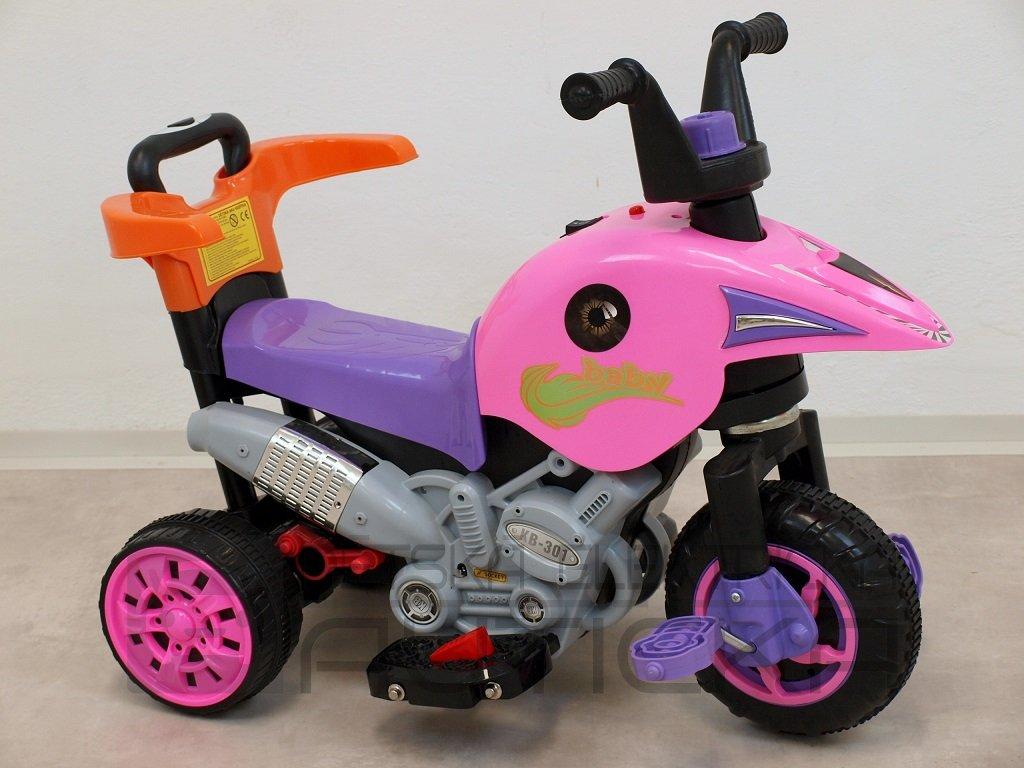 224 12 elektricka motorka trikolka s vysuvnou vodici tyci slapkami jizda na motor slapanim tlacenim madla ruzova