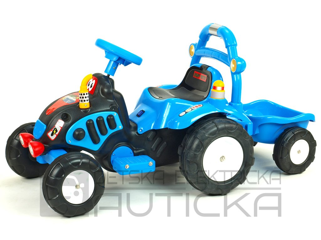 878 17 detsky elektricky traktor s vlekem a naradim modry
