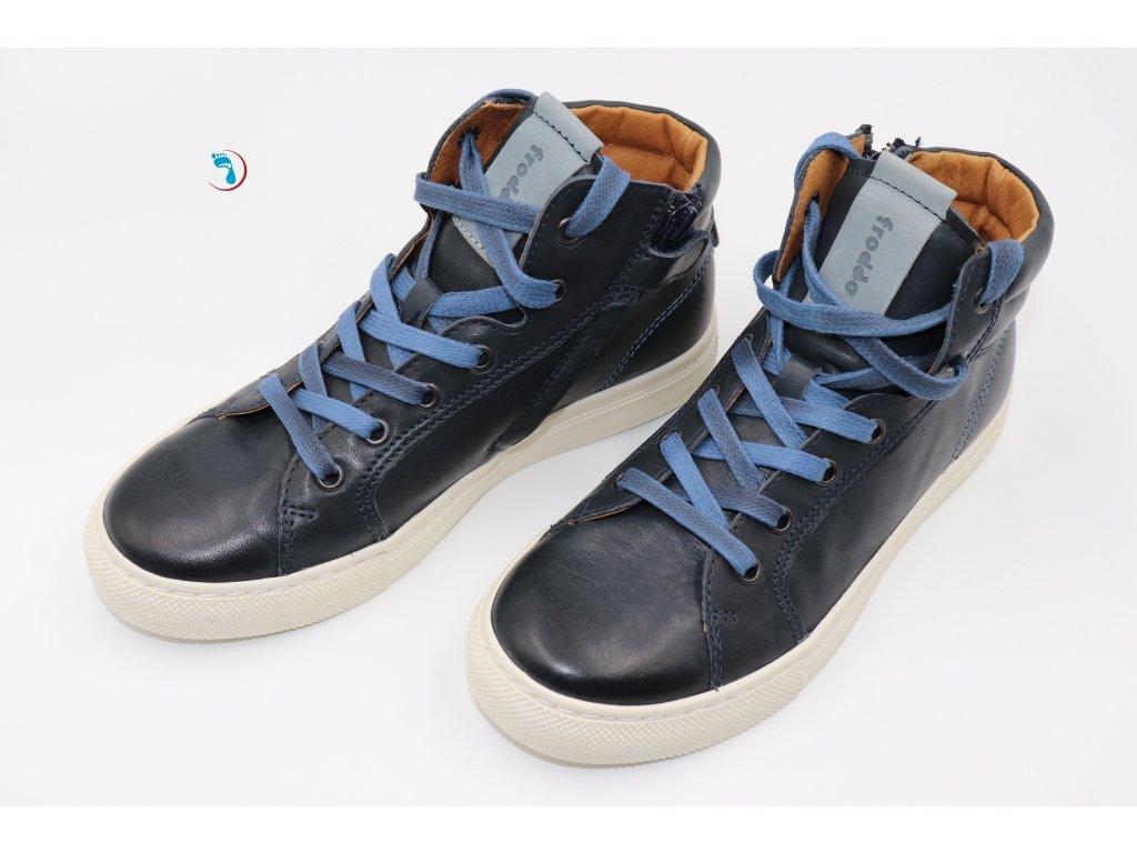 80.Volnočasová obuv