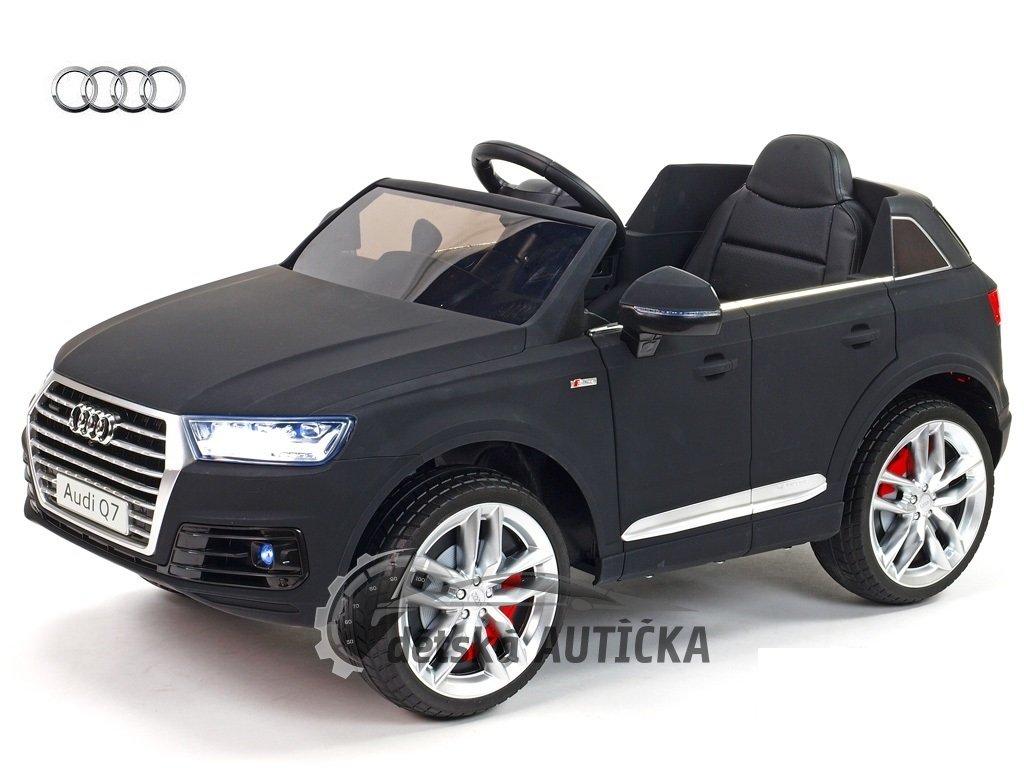 Audi Q7 New matová 5 kopie