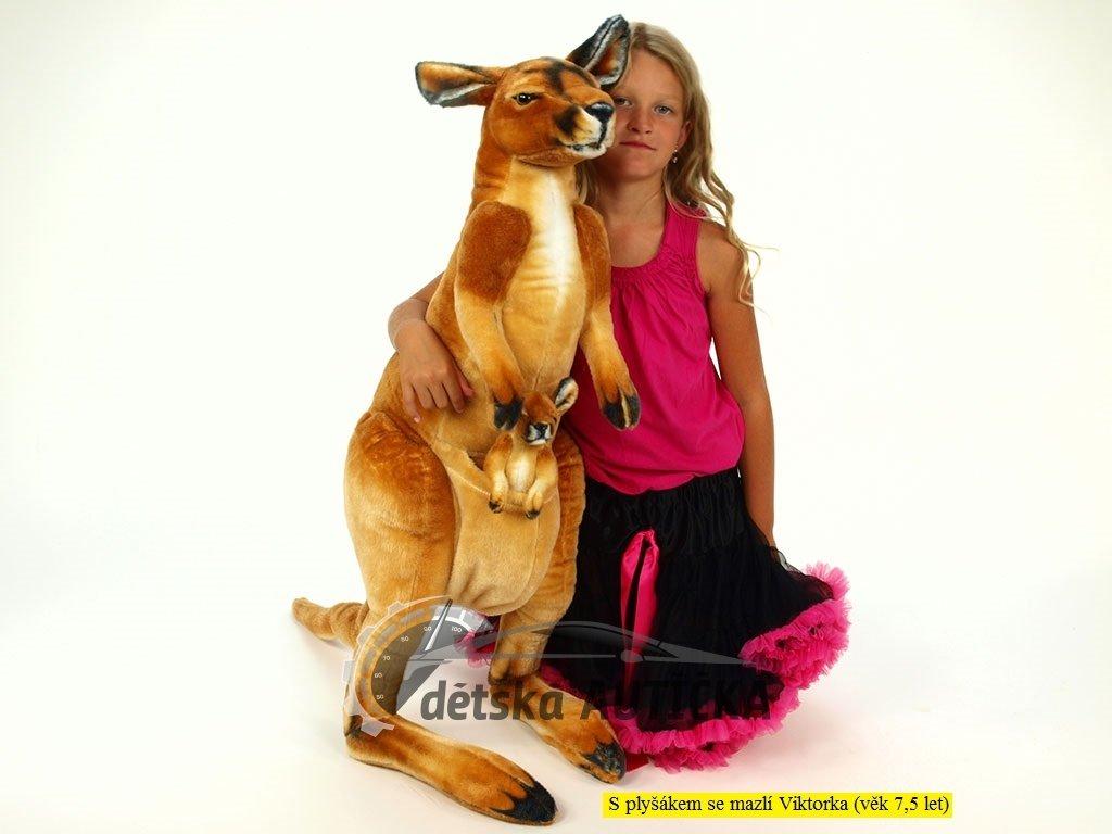 Plyšový klokan s mládětem, výšky 98 cm,
