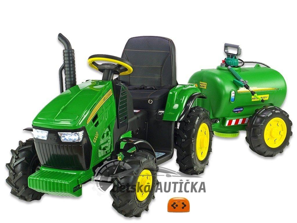 Traktor s vlekem AIR kola 1