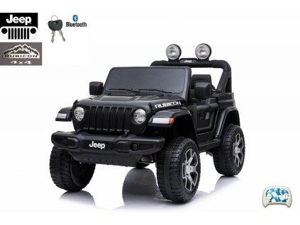 Jeep Wrangler Rubicon s 2.4G, náhonem 4x4, lakovaný černý