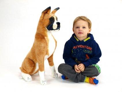 Plyšový sedící pes boxer, výška 64 cm