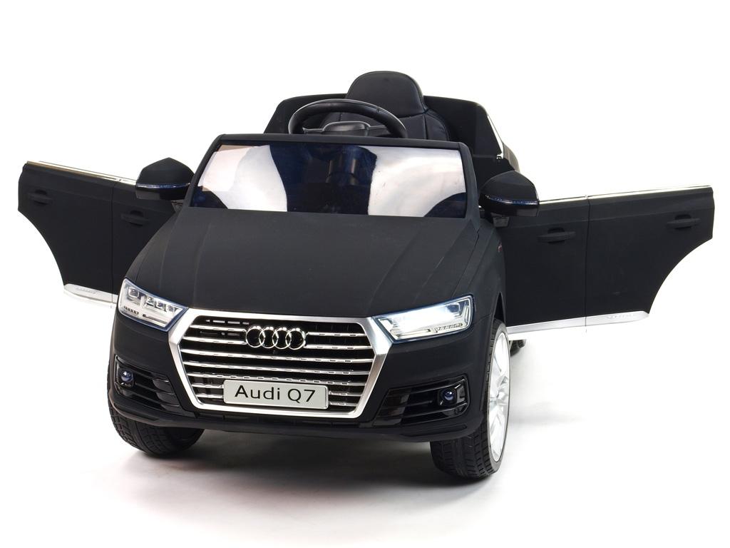 Audi Q7 NEW S-line s 2,4G, černá matová