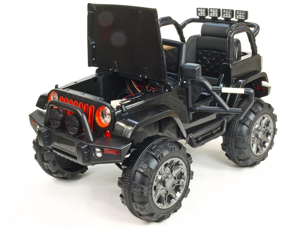 Elektrický džíp Wrangler s 2,4G DO, EVA koly s ložisky, čalouněnou sedačkou, USB, SD, Mp3, FM rádiem, pérováním, černý