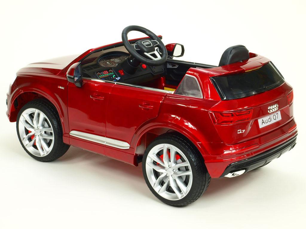 Audi Q7 NEW S-line s 2,4G, vínová metalíza