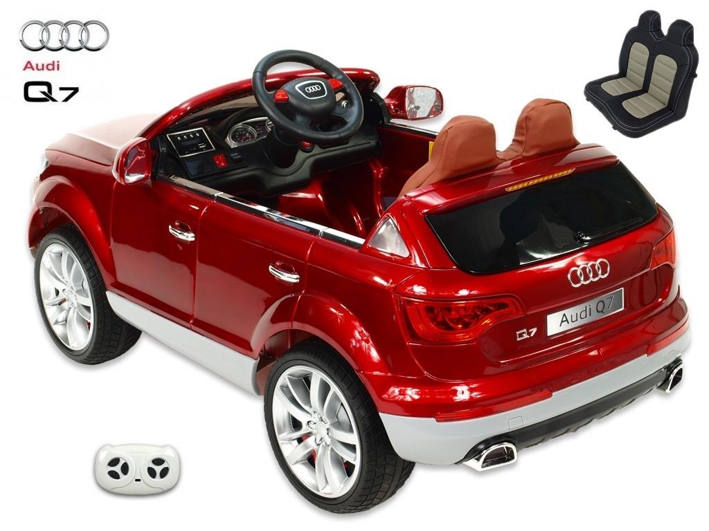 Audi Q7 s 2,4G, jednomístné, vínová metalíza