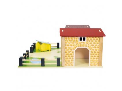 TV410 Farmyard Farm Barn Wooden Play Set