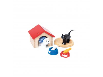 ME043 Pet Set Cat Dog Wooden Doll House Toy