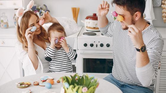 6 inšpirácii ako sa zabaviť s deťmi doma počas Veľkej noci