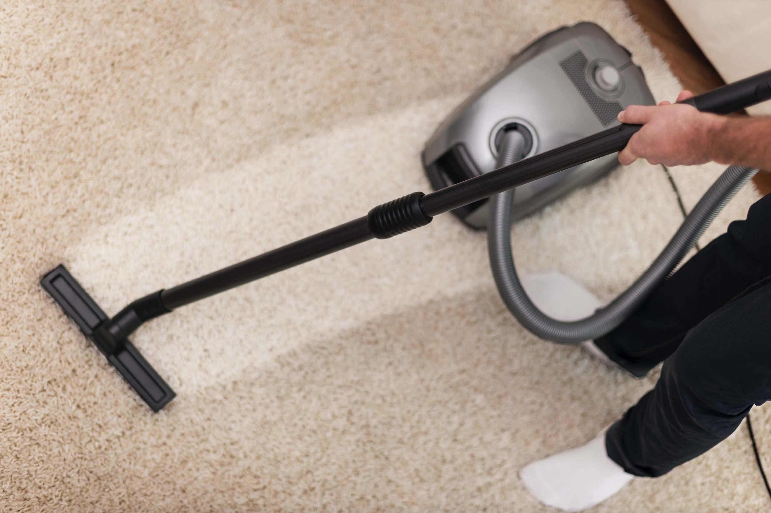 Triky na účinné vyčistenie koberca bez námahy.
