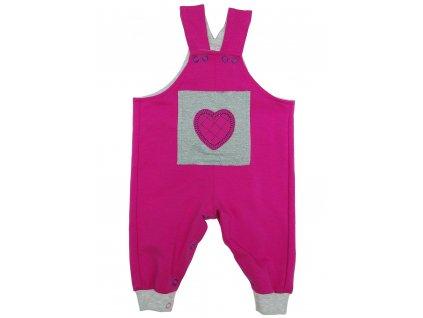 Růžové kalhoty s laclem a aplikací srdce