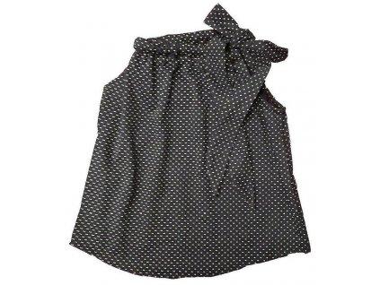 Dívčí šaty granátové s bílými puntíky