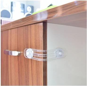 Bezpečnostní pojistka a zámek na nábytek